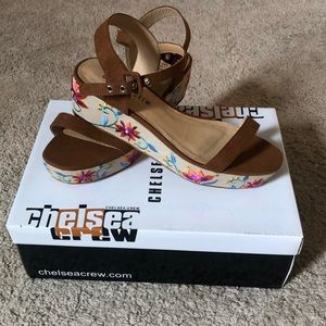 Fun and flirty Chelsea Crew wedges from ModCloth!